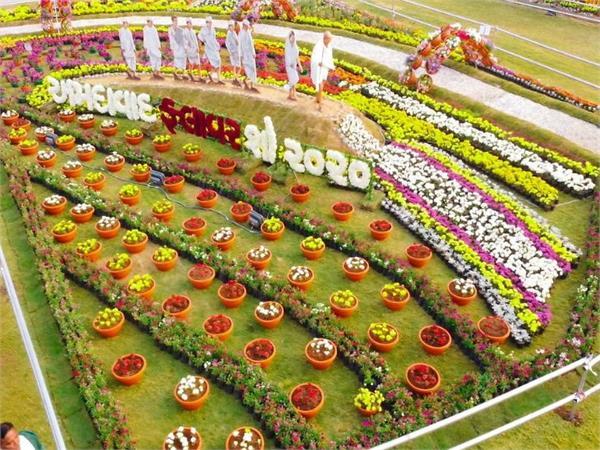 इतिहास ही नहीं, विभिन्न मुद्दों से रुबरू करवाता है अहमदाबाद का यह फ्लावर शो