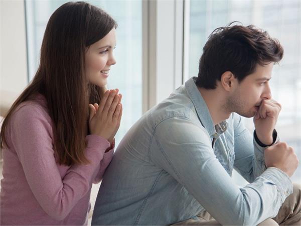 आपकी ये 7 बातें ब्वॉयफ्रेंड को कर देंगी नाराज