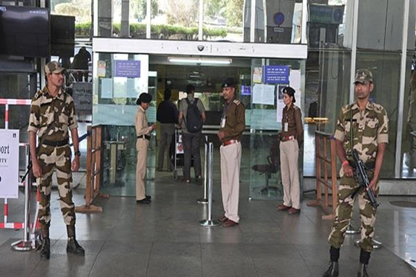 j k and ladakh airports to get security cover 800 cisf personnel to be deployed