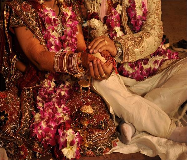 पति-पत्नि में कभी नहीं होंगे झगड़े अगर ध्यान में रखें ये 7 चीजें