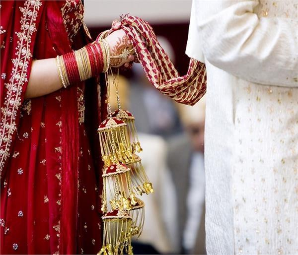 accusers fiercely raise liquor absence of alcohol in marriage