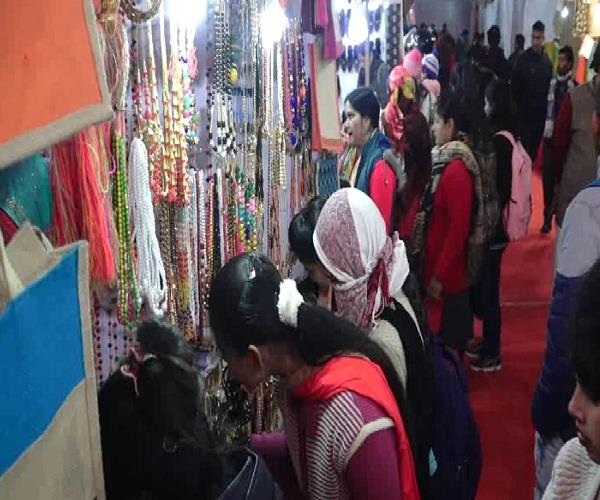 saras mela is proving to be a boon for self help groups