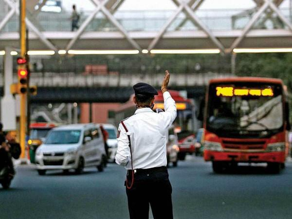 delhi police issues traffic advisory ahead of republic day parade rehearsal