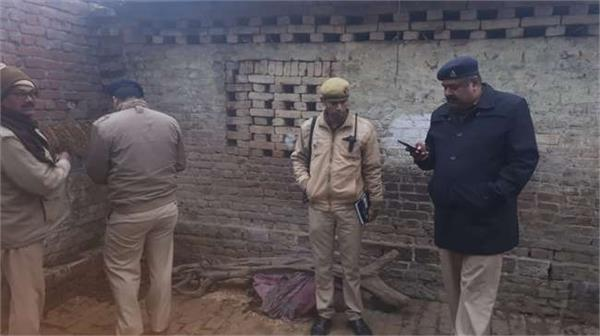 jungle raj in up a person sleeping in a house is killed