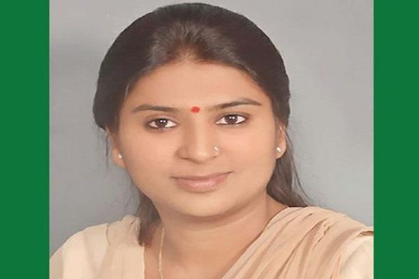 state minister of bjp mahila morcha removed from the post
