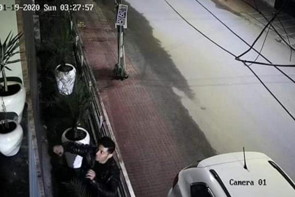 a luxury car rider stole a flowerpot was caught in cctv incident