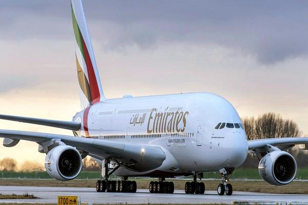 emirates offer dubai return ticket for rs 19 235