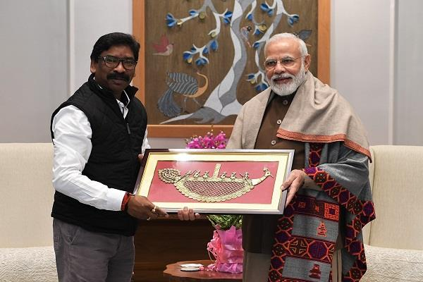 cm hemant soren spoke to the pm on the issue of development of jharkhand