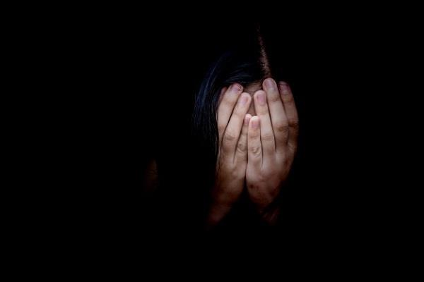 sexual harassment girl left home to commit  suicide  allegation against dig