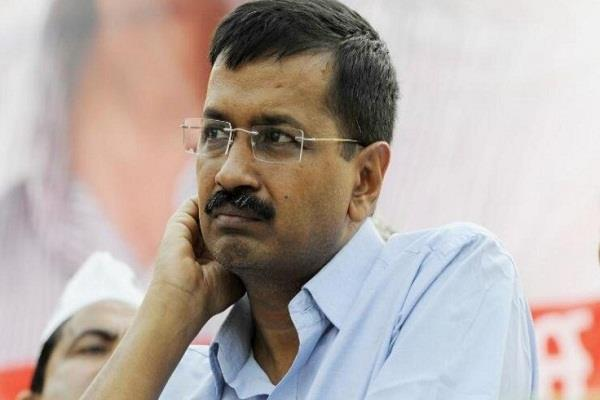 kejriwal said on postponing the hanging of nirbhaya s poor