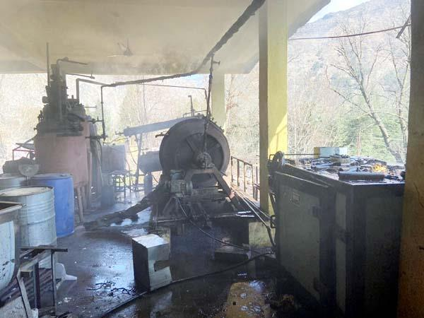 fire after blast in oil factory 2 people scorched