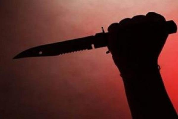 young man tried to kill himself by cutting himself from the splinter