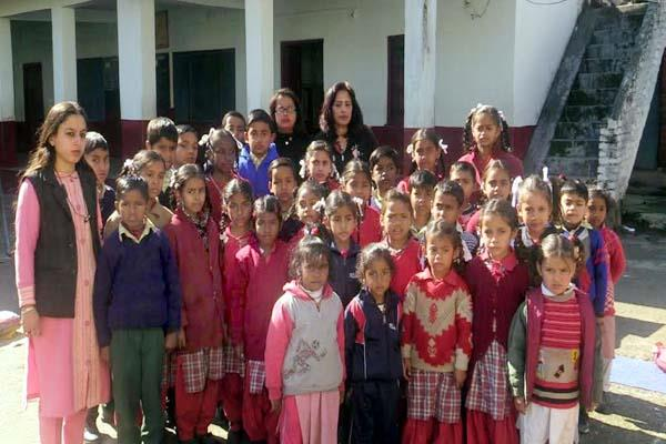 school children set a unique example