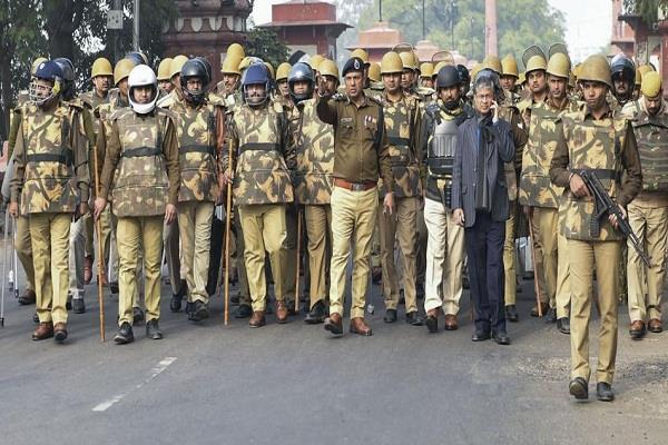 delhi police demands additional security forces due to demonstrations in delhi