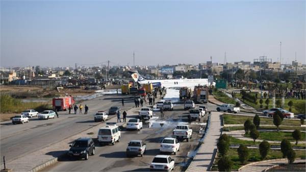 iran tehran airplane road traffic