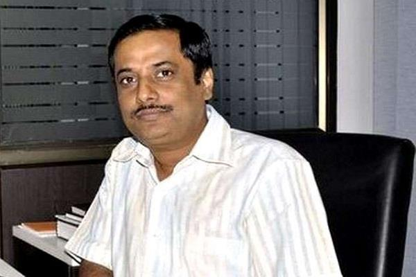 three arrested including aap leader santosh manav for committing uproar