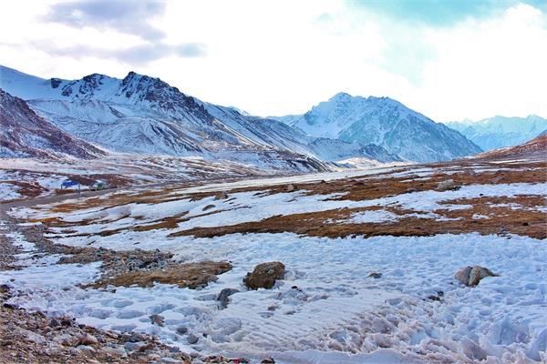 pakistan pok snowing raining balochistan