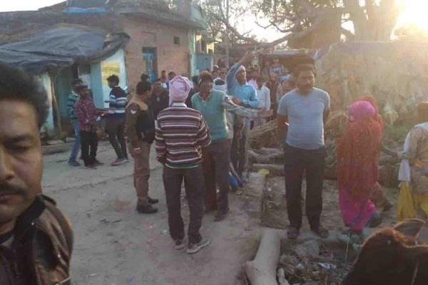 farrukhabad up police frees 24 children death of miscreant and wife