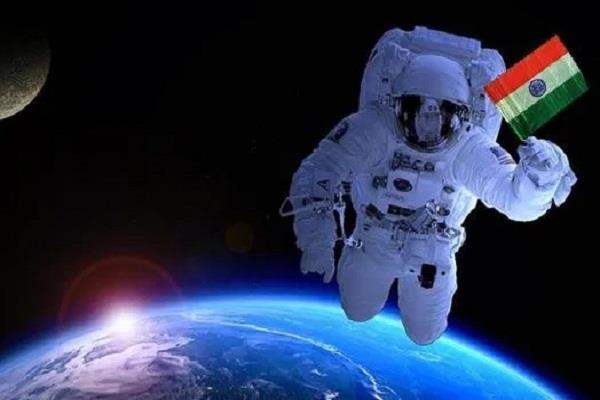 four astronauts of gaganyaan mission to get 11 months training in russia