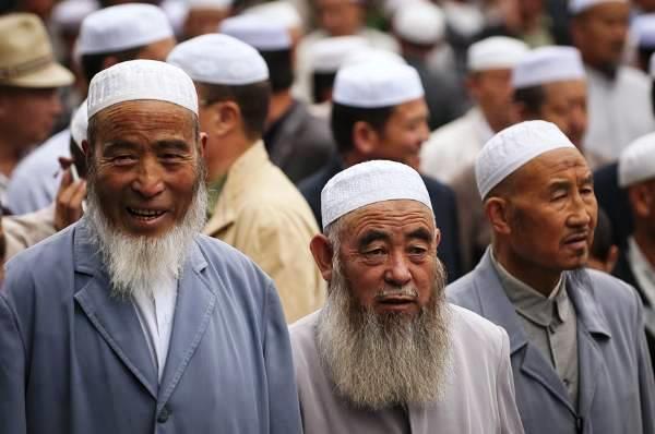 pak imran khan china uighur muslims bbc