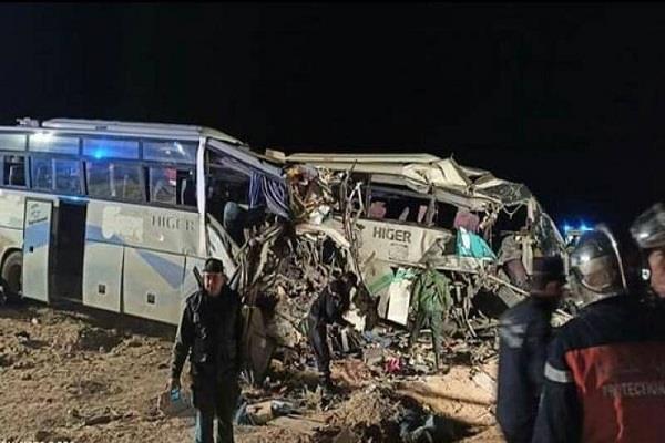 12 killed in bus accident in algeria