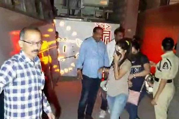 hyderabad police raided pub detained 21 female dancers