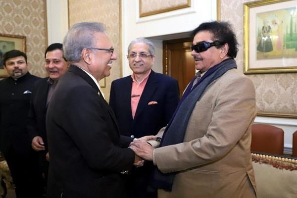 after siddhu shatrughan sinha arrives in pakistan meets president alvi