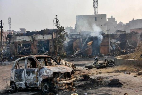 delhi is shedding tears after seeing its devastation and ruin