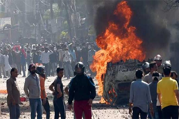 politicians and workers now cloud doubts over delhi riots