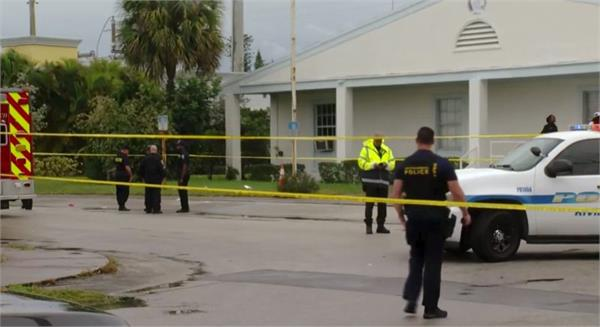 2 people shot to death after funeral at florida church