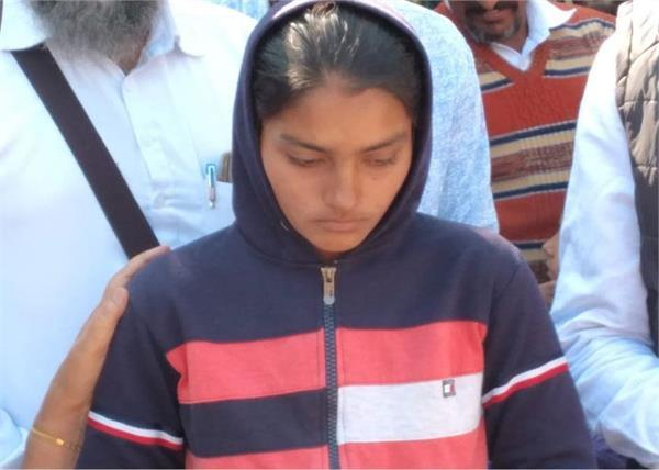 school van accident amandeep kaur