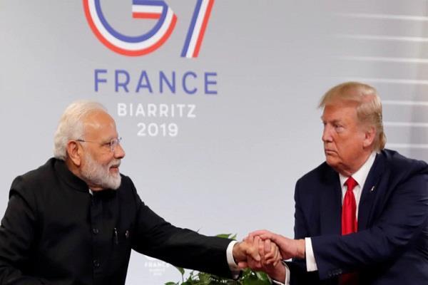 pm modi tweet before trump reaches india