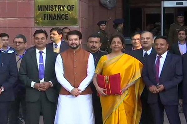 this is the 5 special people of team sitharaman