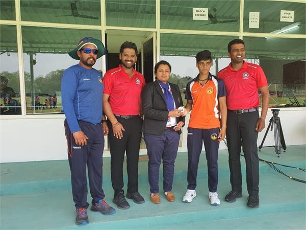 chandigarh captain kashvi bowled the entire team for 12 runs