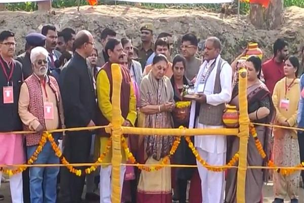 one day visit of governor anandiben ends officials breathed a sigh of relief