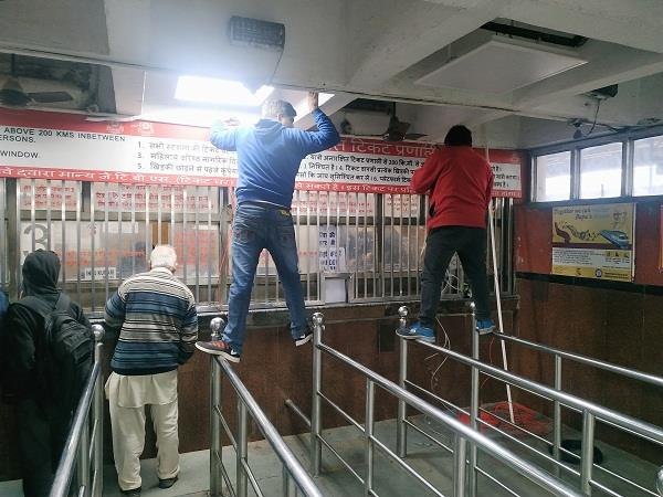 led screens on platforms at city railway station like airport
