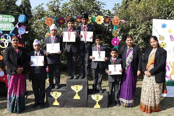 students participated in sports with great enthusiasm