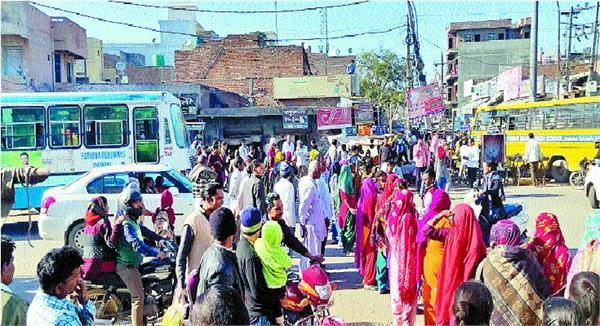 women s anger erupted over ban on sale of illegal liquor