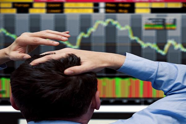 chaos in the stock market investors sunk 4 lakh crores