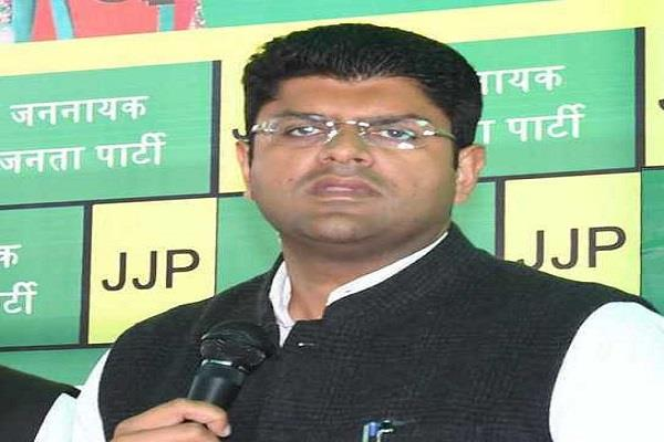 without taking abhay name the deputy cm shrugged off the target