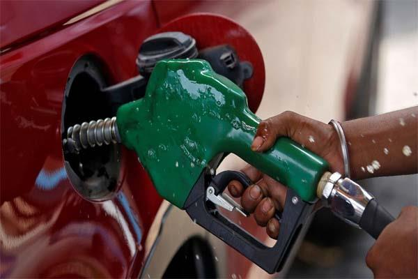 petrol crosses rs 72 again know how much the prices in your city increased
