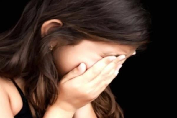 four youth gang raped the woman leaving her unconscious and escaped