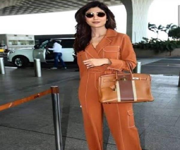 शिल्पा शेट्टी के बैग की कीमत लग्जरी कार से भी ज्यादा