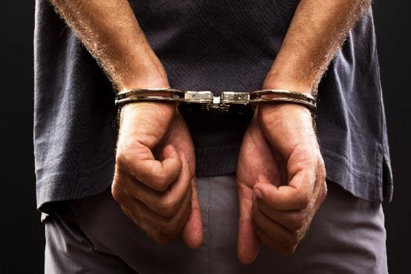 police detained gilani s servant interrogation continues