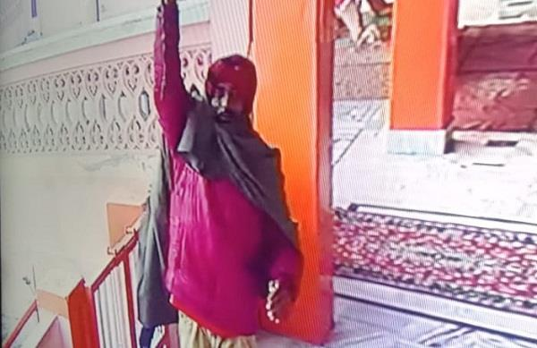 robbery in temple
