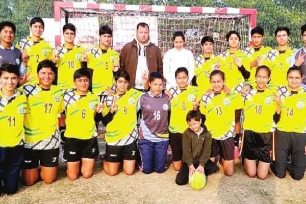 himachal girls reach final national handball competition