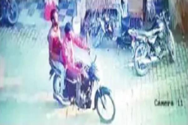 bike rider snatches away old man s purse cctv imprisoned in