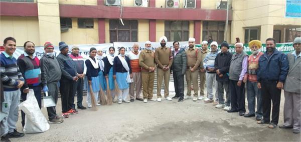 sanitation campaign conducted by sant nirankari mandal branch jalandhar