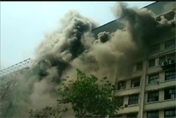 mumbai fire has broken out in gst bhavan in mazgaon area