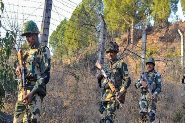 pak shells ceasefire in shahpur sector army giving a befitting reply